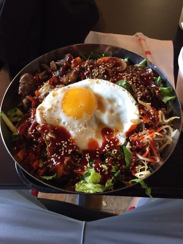 Uptown Cafe: 3865 Wilson Blvd, Arlington, VA
