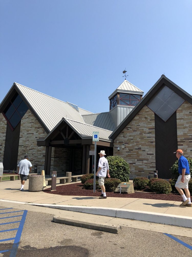 West Virginia Welcome Center: 1325 Highland Ave, Williamstown, WV