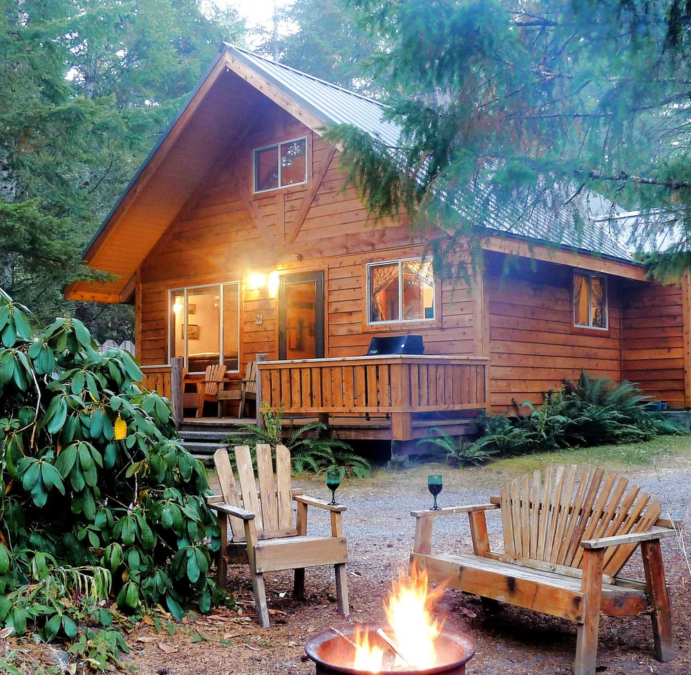 Rainier cabins vacation rentals 30005 sr 706 e for Washington state cabins for rent
