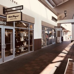 Burberry Outlet - 12 Photos   62 Reviews - Outlet Stores - 2774 Livermore  Outlets Dr 4039b97ba