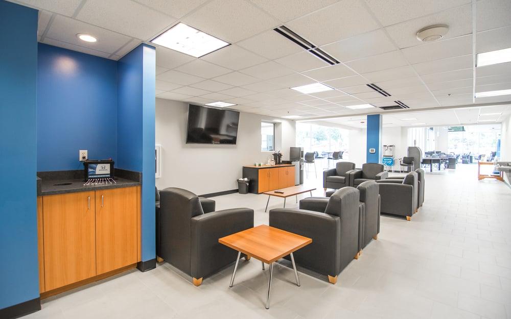 Honda City Milwaukee >> Schlossmann Honda City Customer Waiting Area Yelp