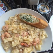 Lobster And Shrimp Mac Cheese