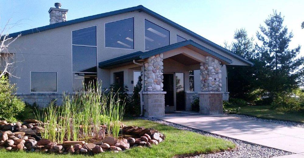 Cedar Animal Hospital: 3705 Gentleway, Cedar Springs, MI