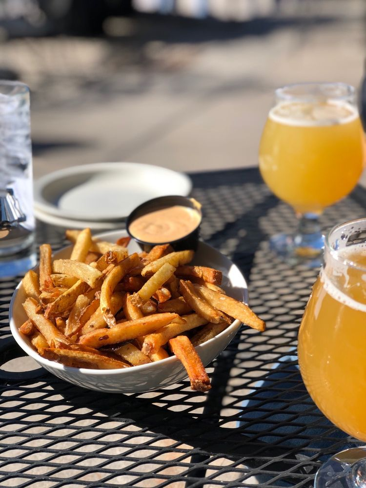 Prison City Pub & Brewery: 28 State St, Auburn, NY