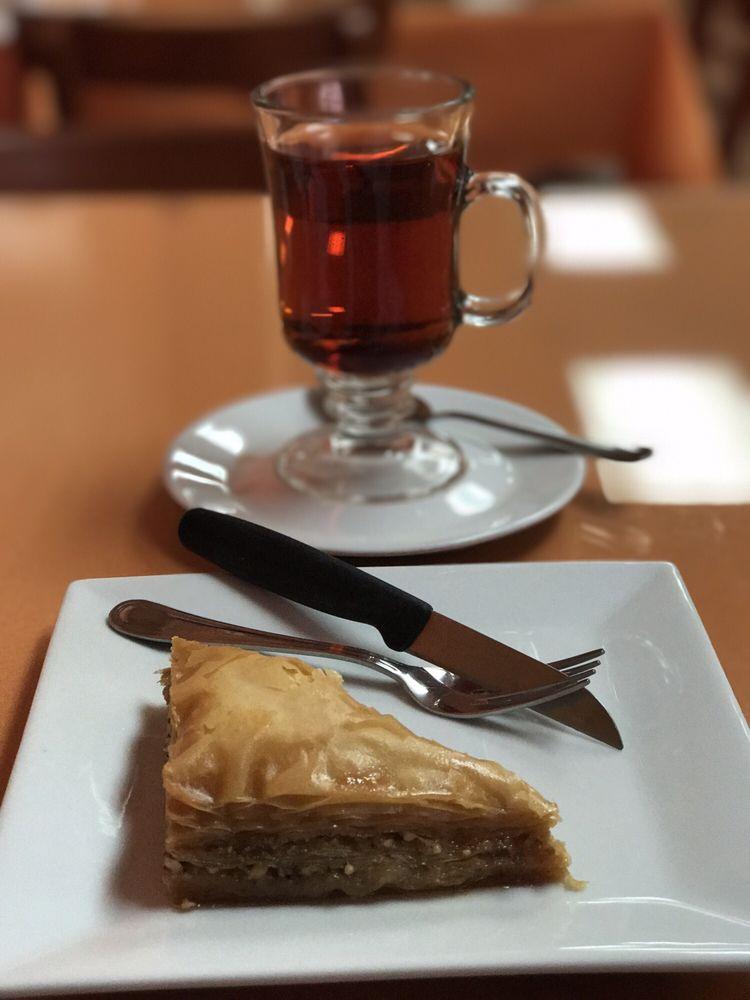 Enatye Ethiopian Restaurant: 275 Sunset Park Dr, Herndon, VA