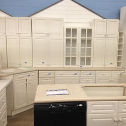Habitat For Humanity Restore  36張相片及11篇評語  古董  451. Broyhill Tv Stand. Ocean Themed Bedroom. Hot Tub Room. 10 By 13 Picture Frame. Arched Doors. Round Bathroom Mirrors. Oversized Round Mirror. Circular Entertainment Center