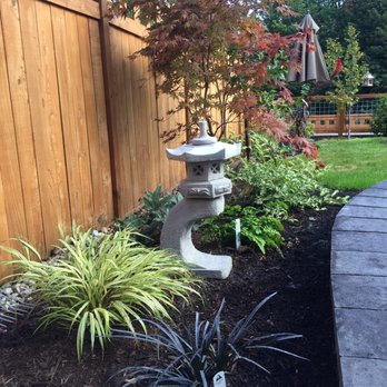 Pacific landscaping 23 photos landscaping 30007 188th ave se photo of pacific landscaping kent wa united states side garden bed between workwithnaturefo