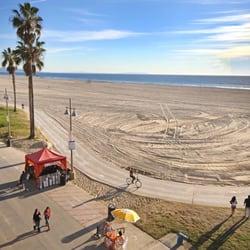 Photo Of Cadillac Hotel Venice Ca United States Ocean Suite Window