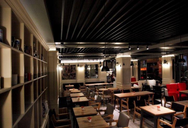 Mono Cafe Restaurant