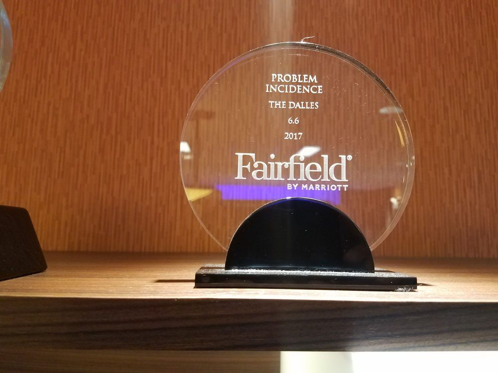 Fairfield Inn & Suites by Marriott The Dalles: 2014 W 7th St, The Dalles, OR