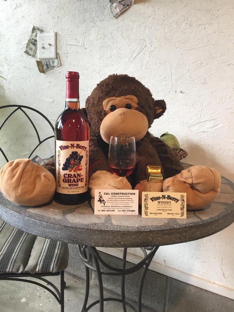 Vine-N-Berry Winery: 3475 Stein Rd, Bad Axe, MI