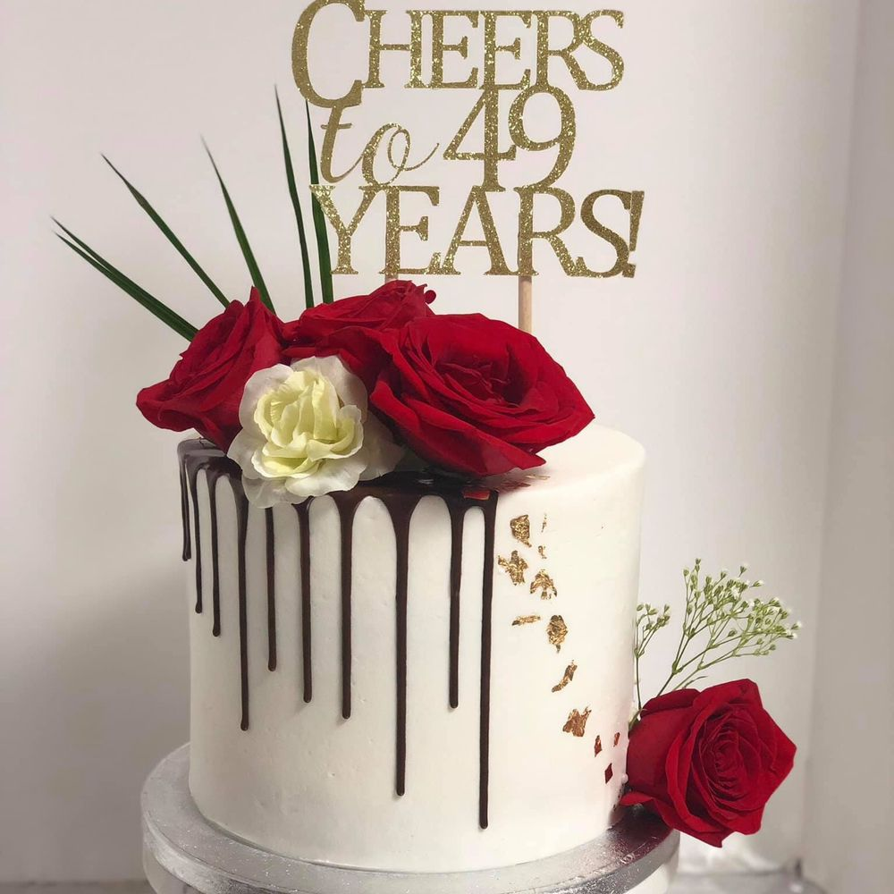 Cakes by Bella: 710 W Irving Park Rd, Bensenville, IL