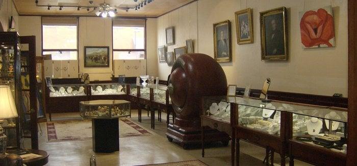 Noble Tradition Jewelers: 109 E Hiram St, Atlanta, TX