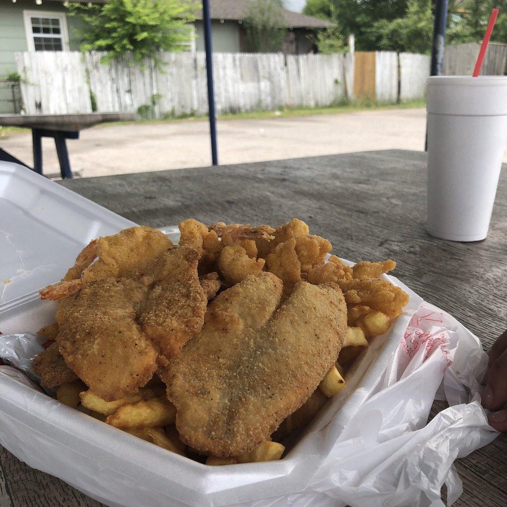 Seafood Kitchen: 718 Wayside Dr, Houston, TX