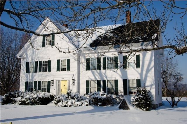 The White Gables Inn: 660 Main St, Fryeburg, ME
