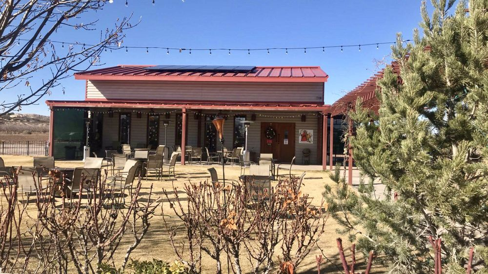 Sombra Antigua Winery: 430 La Vina Rd, Chamberino, NM