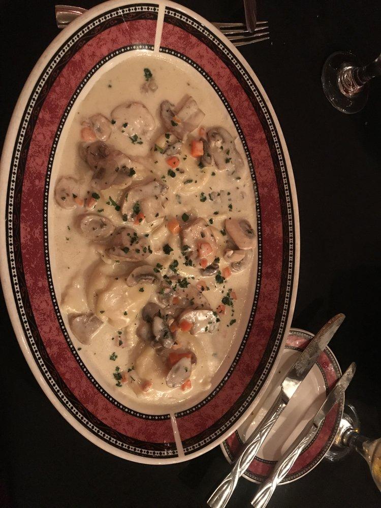 Agostino's Restaurant and Bar