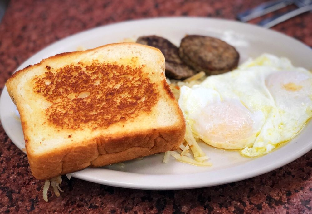 Blue Bonnet Cafe: 211 US Hwy 281, Marble Falls, TX