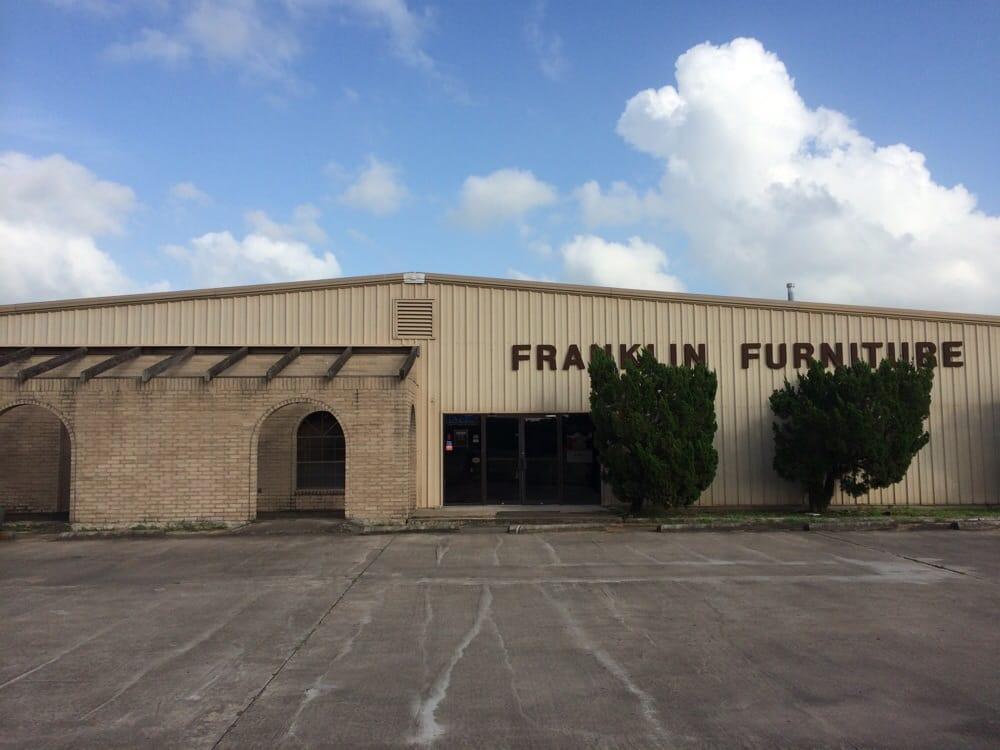 Franklin Furniture: 7397 US Hwy 59, Wharton, TX