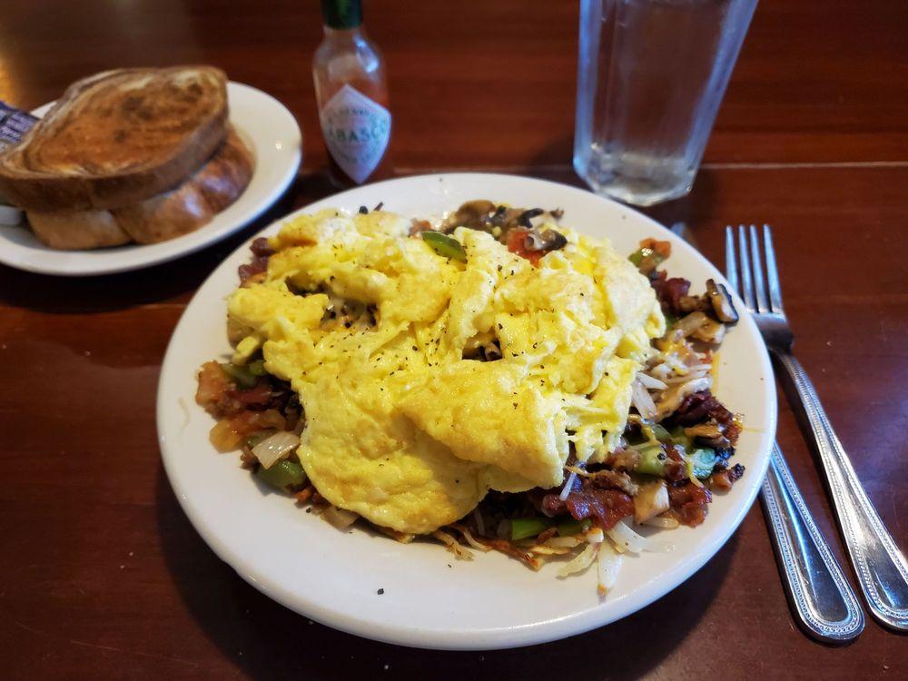 Mangia Restaurant and Bar: 2210 W Morton Ave, Jacksonville, IL