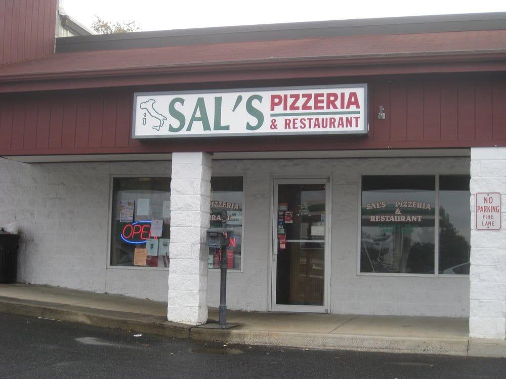 Big Italian Restaurants Near Me: Sal's Pizzeria & Restaurant