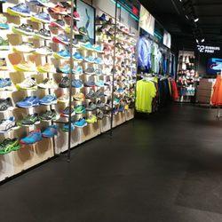 Runners Point Sport Zubehör Kurfürstendamm 237