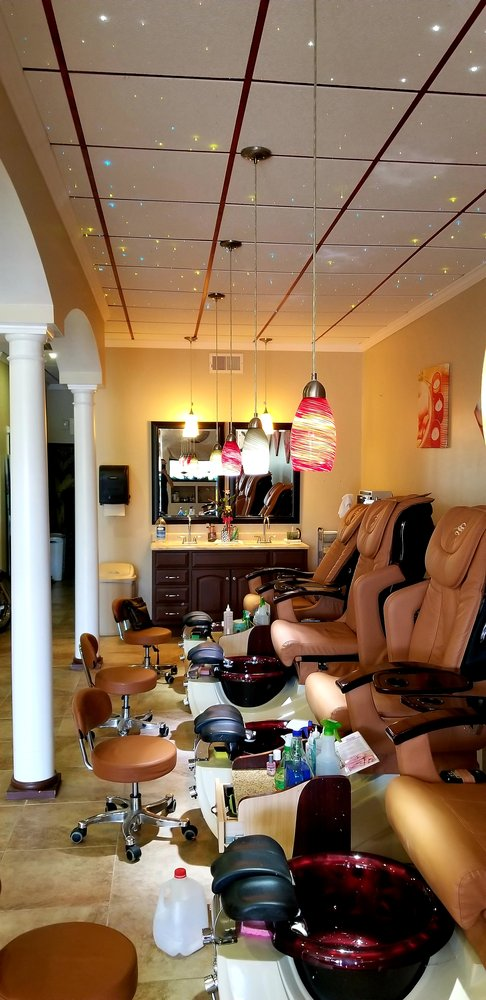 V Nails: 190 Council St, Odenville, AL