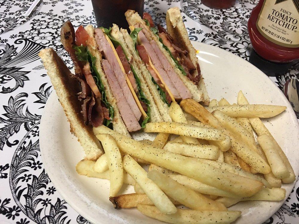 Bumpus Meals Diner: 3144 Hwy 120, Bumpus Mills, TN