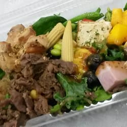 Greenday salad do it yourself food 1050 w pender street photo of greenday salad vancouver bc canada another kitchen sink salad solutioingenieria Gallery