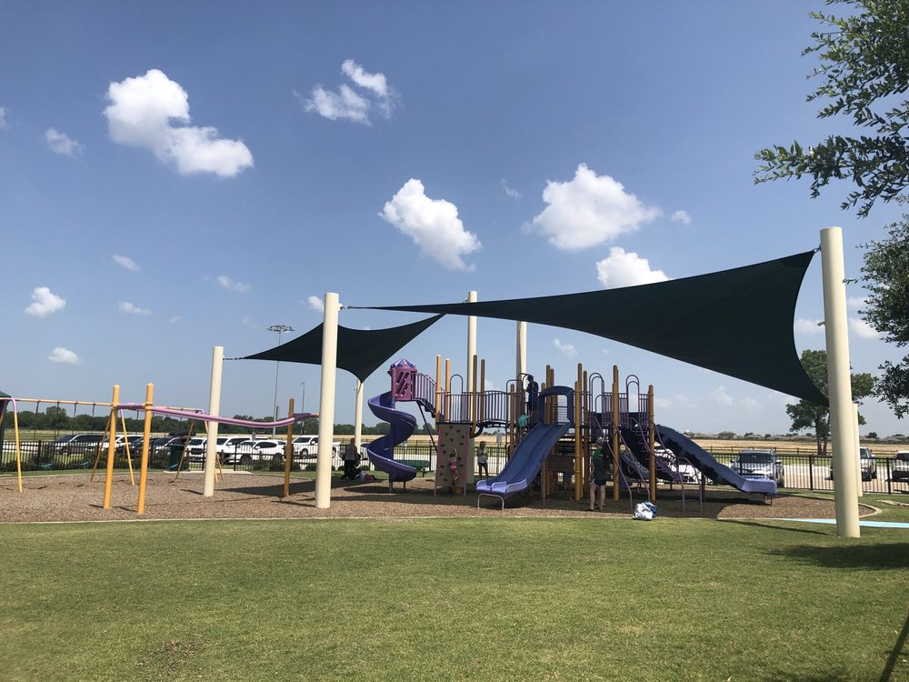 Slayter Creek Park: 425 W Rosamond Pkwy, Anna, TX