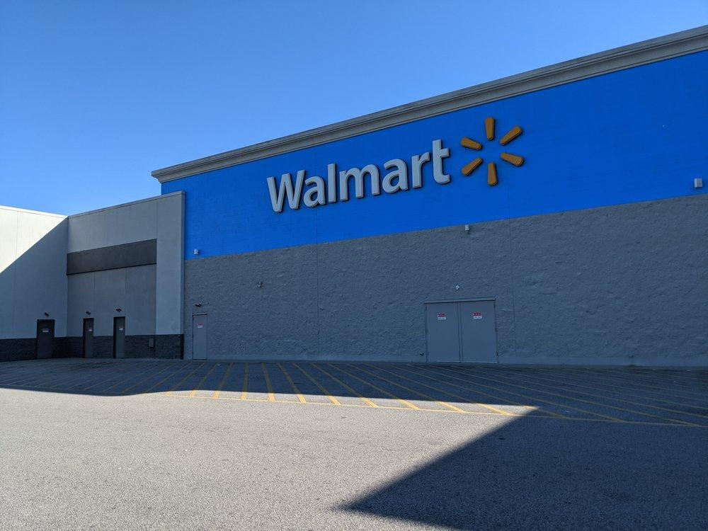 Walmart Supercenter: 2110 Bells Hwy, Walterboro, SC