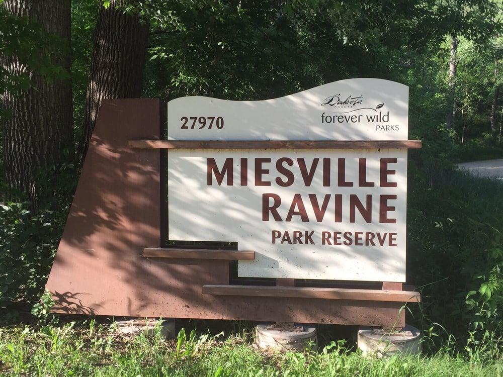 Miesville Ravine Park: 27970 Orlando Trl, Cannon Falls, MN