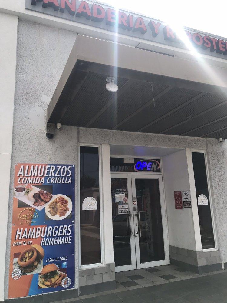 Panaderia & Reposteria La Primera: Avenida Campo Rico S/N, Carolina, PR