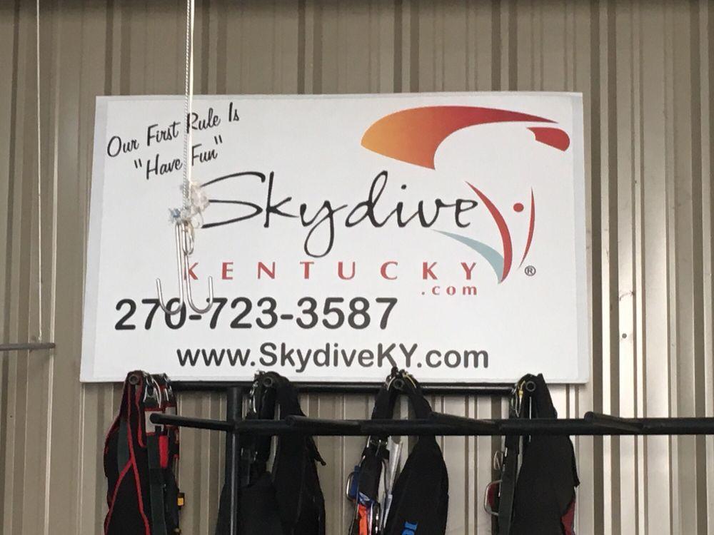 Skydive Kentucky: 1824 Kitty Hawk Dr, Elizabethtown, KY