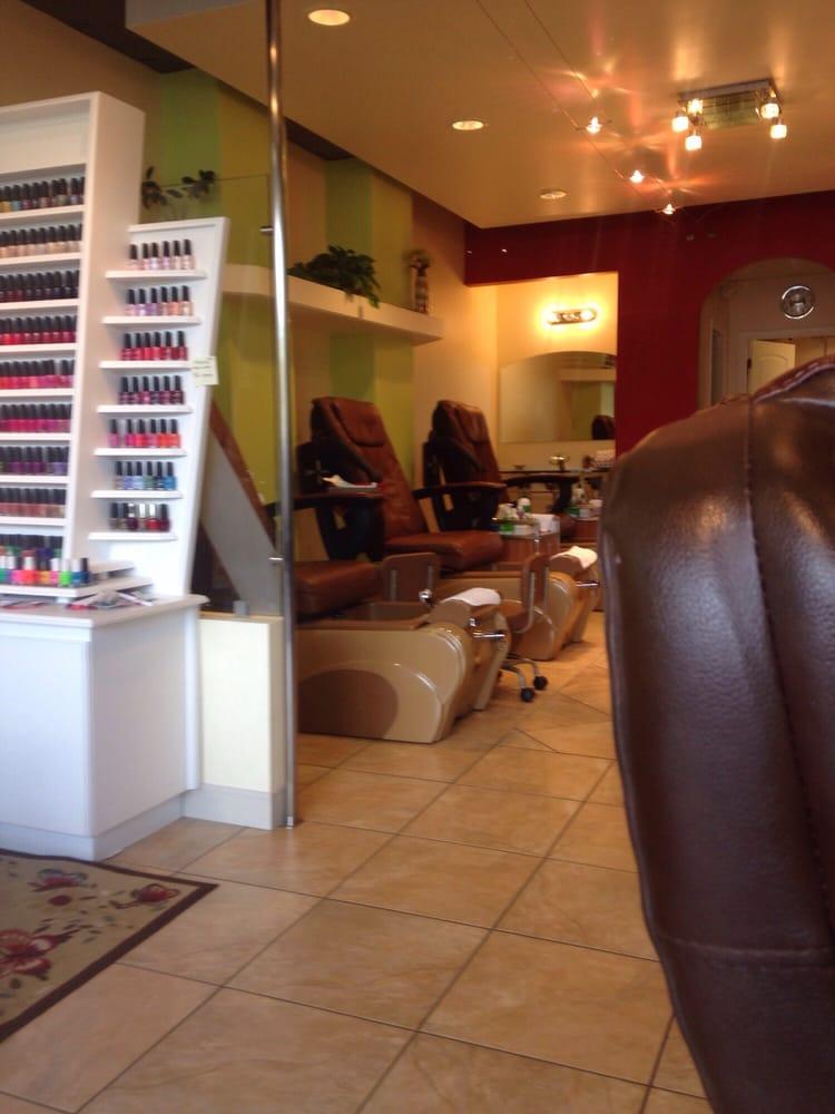 Blossom nail salon 20 reviews nail salons 729 quebec for 20 20 nail salon