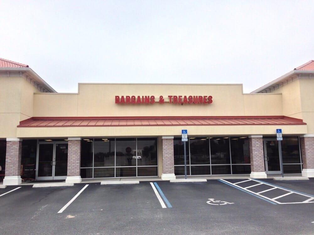 Bargains & Treasures: 4137 County Road 106, Oxford, FL
