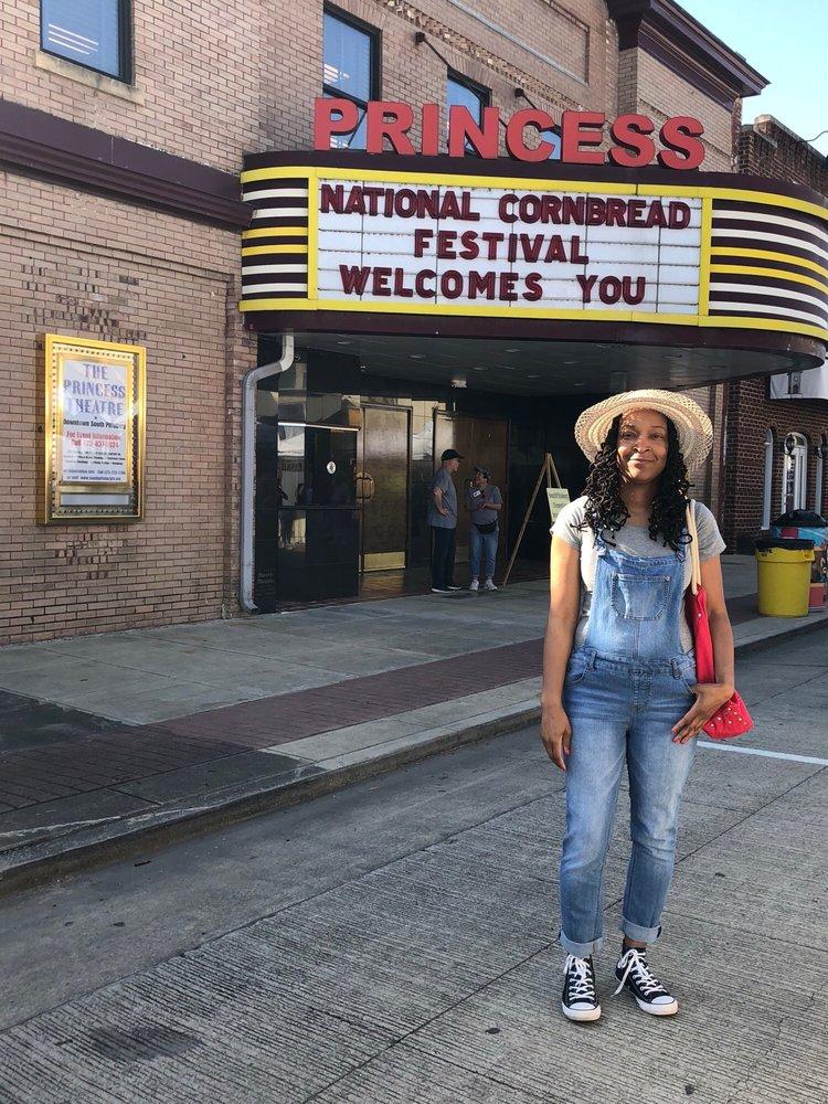 National Cornbread Festival: 221 S Cedar Ave, South Pittsburg, TN