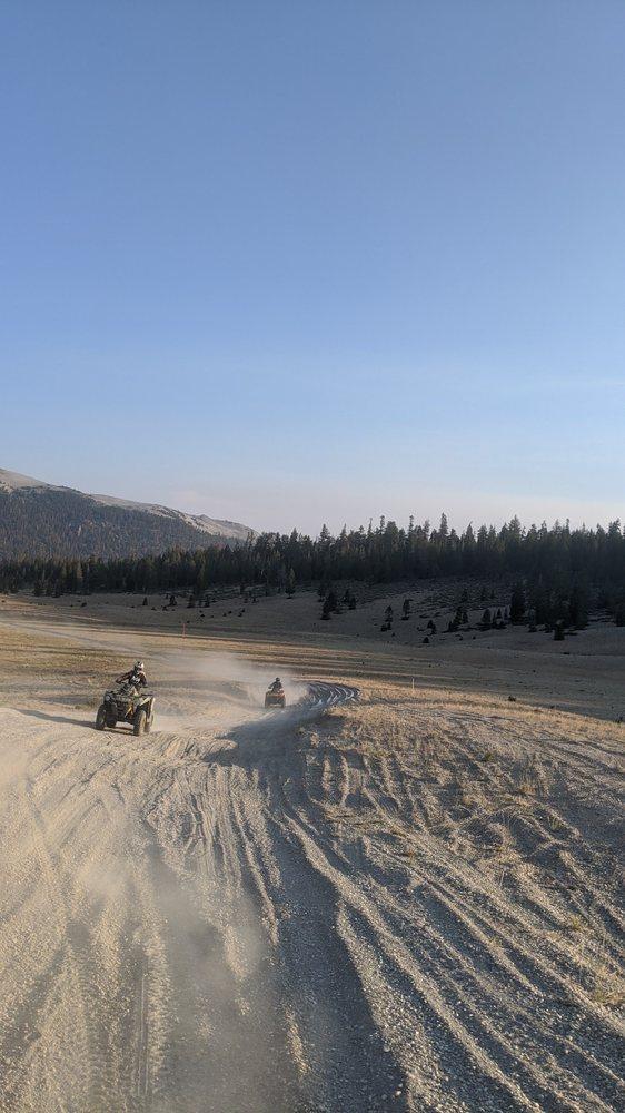 Enjoy The Mountain: Mammoth Lakes, CA
