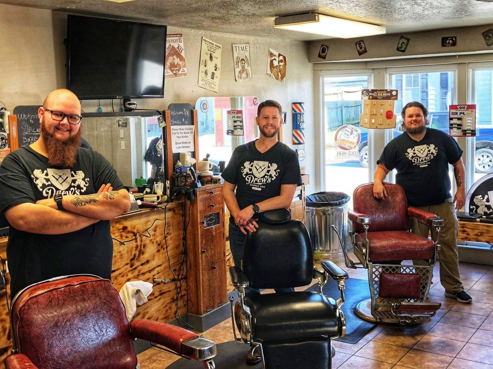 Nick Knight The Barber: 213 N Walnut St, Carmi, IL