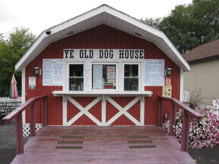 Ye Olde Dog House: 4465 E Main St, Belleville, PA