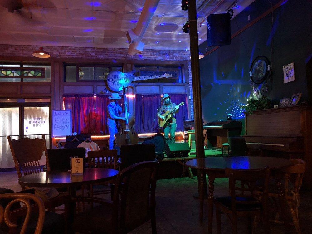Corner Pub: 302 N Main St, Conroe, TX