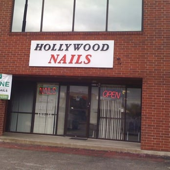 Hollywood nail salon nail salons 1818 s new braunfels for Cool dog spa san antonio