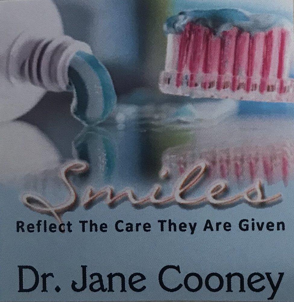Jane Cooney, DDS: 700 W Fairchild St, Danville, IL