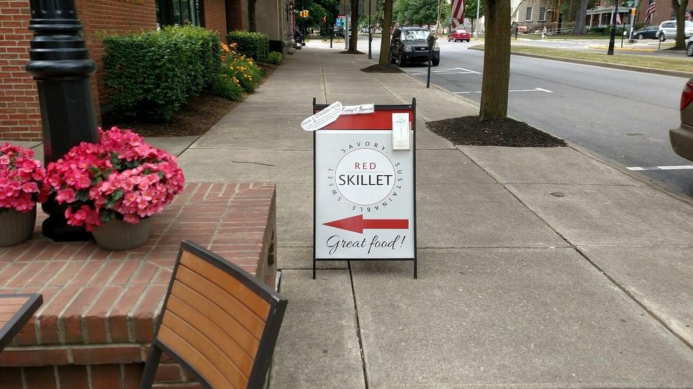 Red Skillet: 99 Main St, Wellsboro, PA