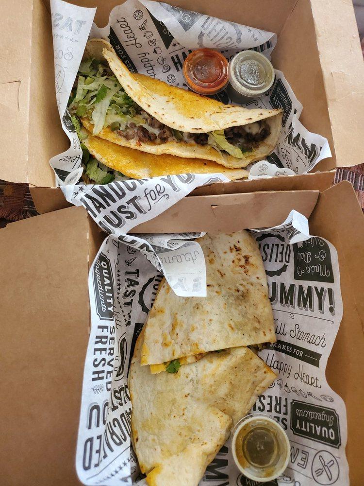 Southern Taco Bar: 955 Goodman Rd, Horn Lake, MS