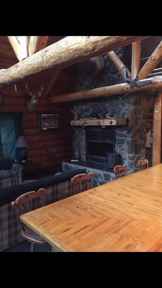 Luoma Lodge: 68970 County Trunk A, Herbster, WI