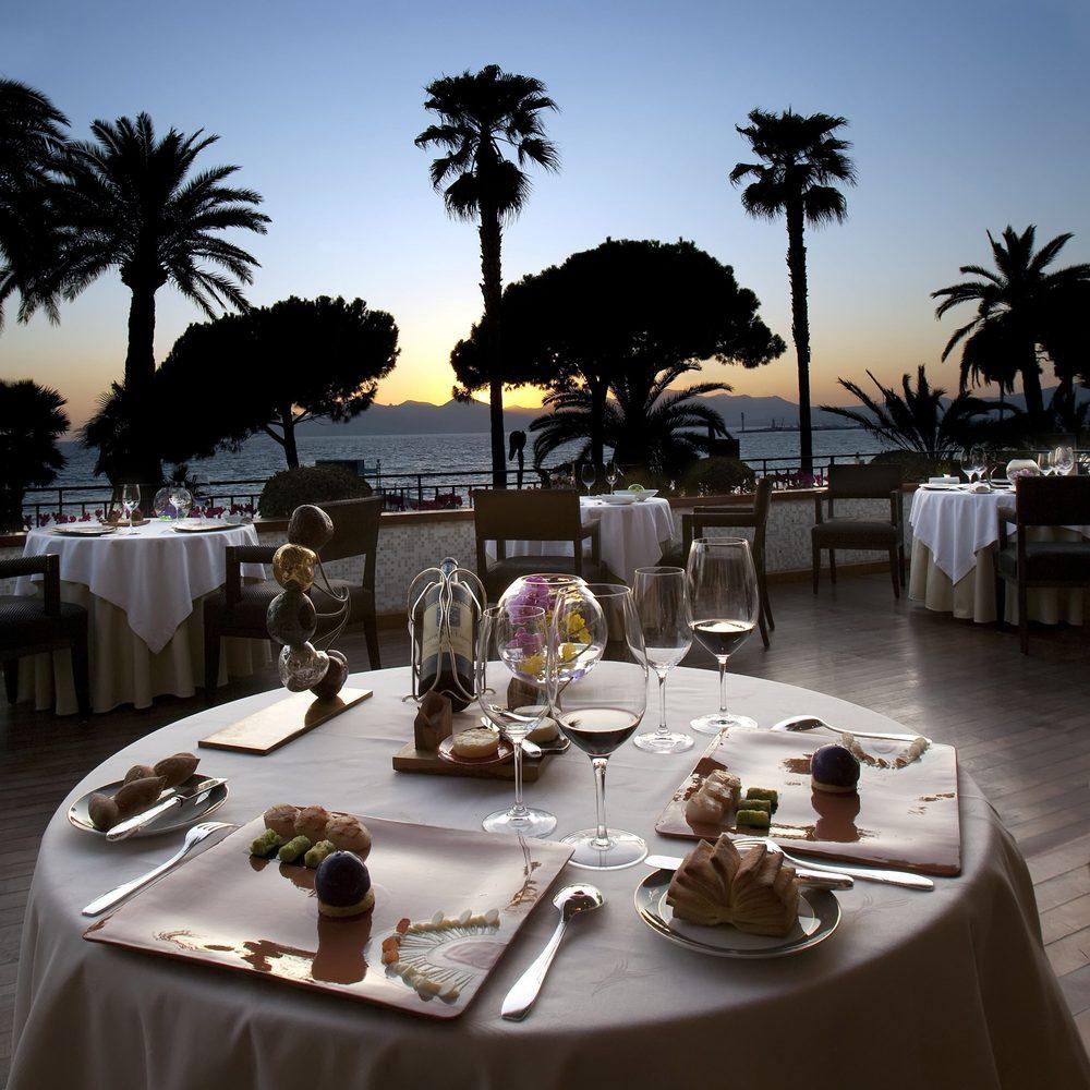 La Palme d'Or: 73 boulevard de la Croisette, Cannes, 06