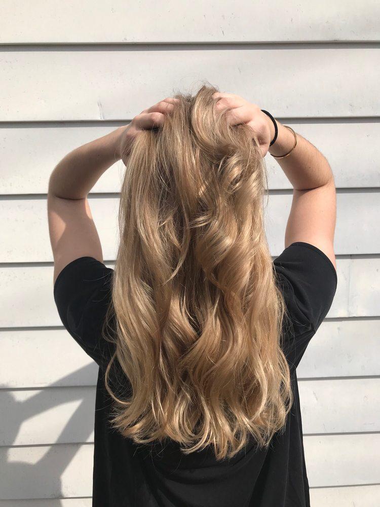 Wyomissing Hair Studio: 948 Penn Ave, Wyomissing, PA