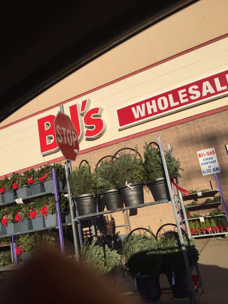 Photo of BJ's Wholesale Club: Portsmouth, NH
