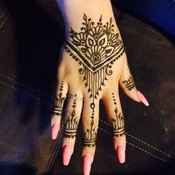 Eyebrow Threading And Henna Tattoo Closed 117 Photos Henna